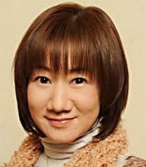 Clique na imagem para uma versão maior  Nome:         Akiko Yajima.jpg Visualizações:20 Tamanho: 14,4 KB ID:      44534