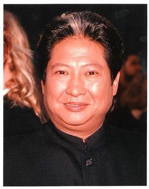 Clique na imagem para uma versão maior  Nome:         Sammo Hung Kam-Bo.jpg Visualizações:6 Tamanho: 16,9 KB ID:      12037